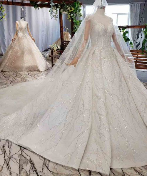 bohemian wedding dress with veil