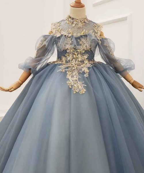 Haze blue backless 3/4 sleeve girl dress