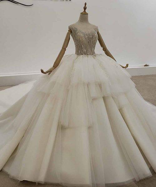 Sleeveless Tiered Tulle Wedding Dress