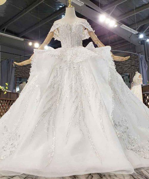 Sweet And Luxurious Summer Wedding Dress