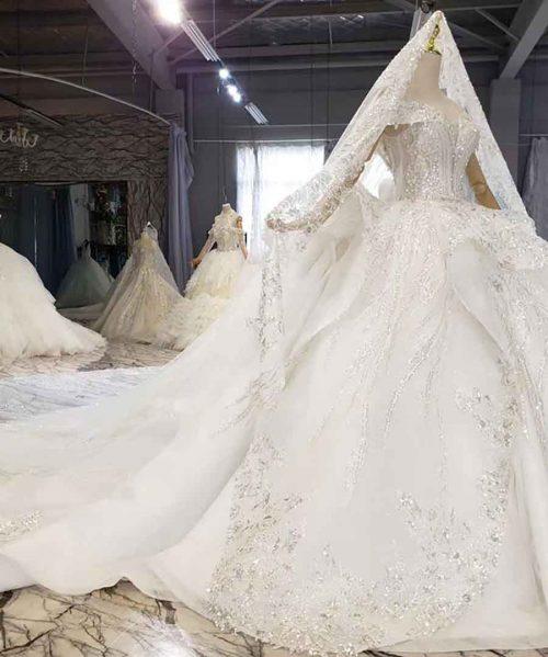 Luxury Lvory White Crystal Pearls Wedding Dress 2020