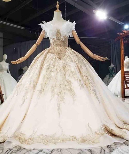 luxurious Appliques Crystal V-Neck Wedding Dress 2020